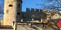 Straßensanierung statt Hochzeitssaal:  proLAA gegen sofortigen Weiterbau in der Burg auf Pump